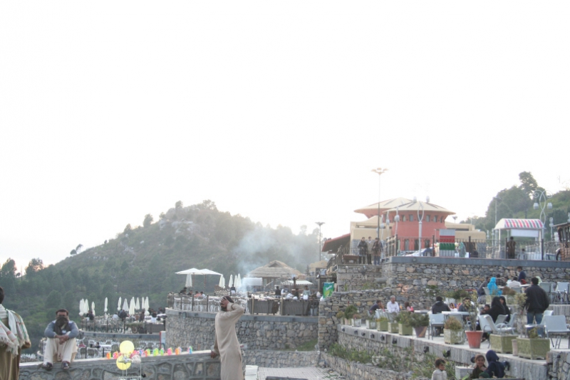 Pic of Monal restaurant on Pir suhava.